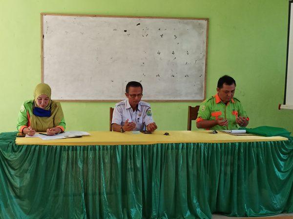rapat kenaikan kelas dan pembagian tugas tahun ajaran 2020/2021