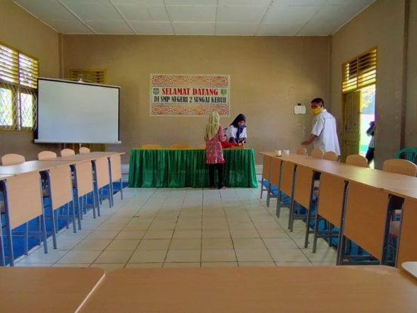 MEETING ROOM SMP N 2 SUNGAI KERUH