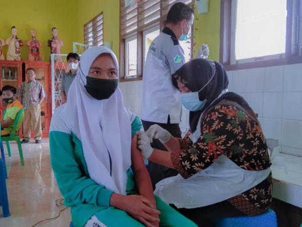 vaksinasi untuk siswa guna persiapan pembelajaran tatap muka